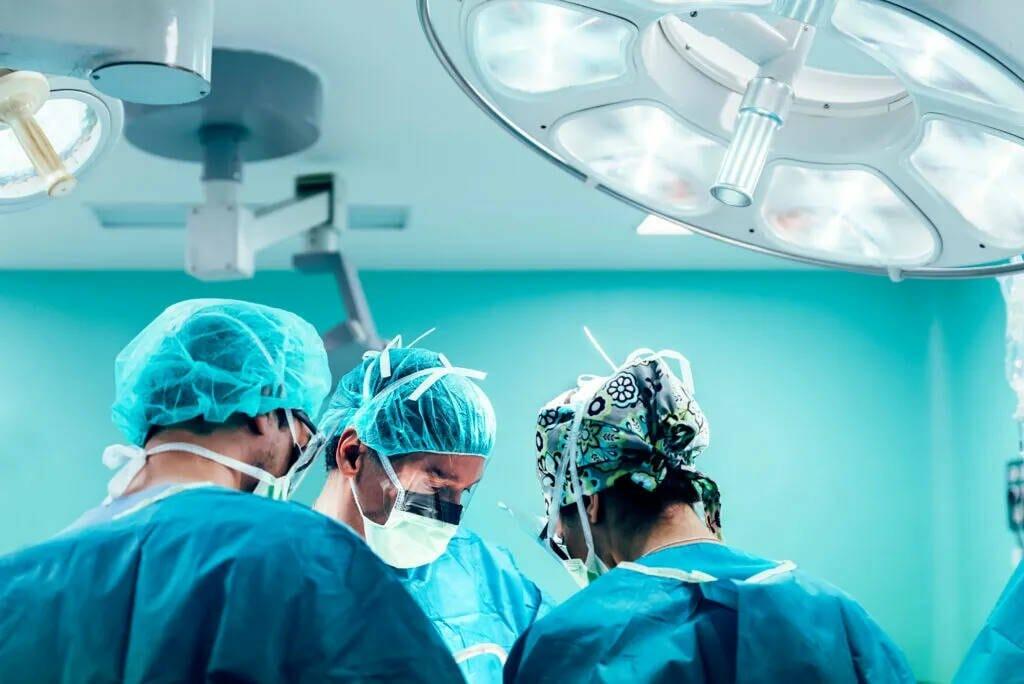 Oral surgeon in Kitchener